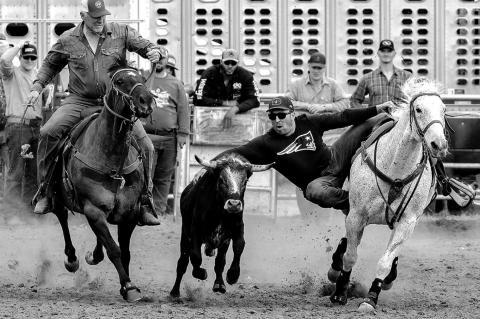 Cross steer wrestling benefit raises funds for OMRF; winners told